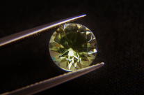 Getting to Know the Peridot: The Gem of the Sun